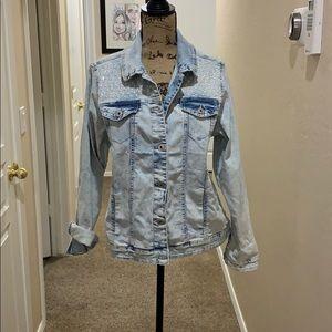 Jean jacket BEAND NEW